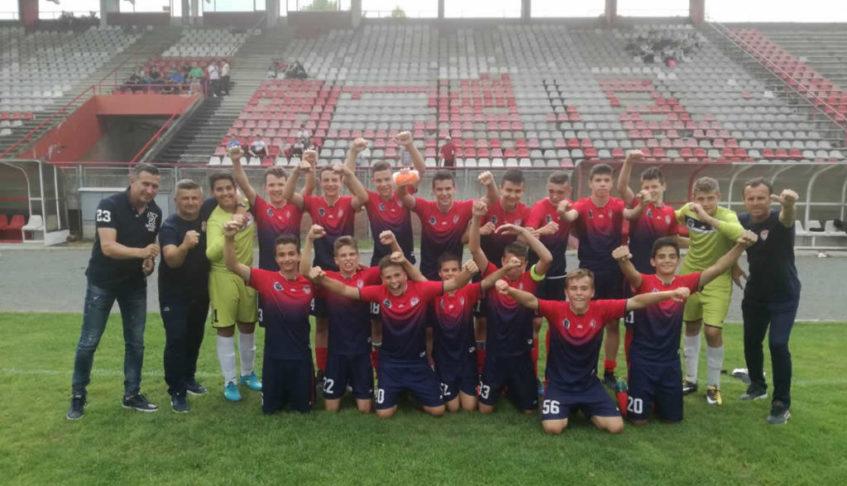 FK_Kozara_pioniri_šampioni